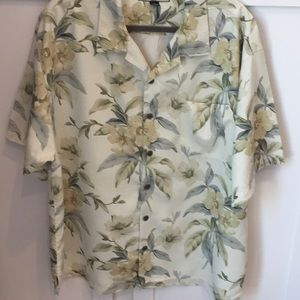 Tommy Bahama relaxed fit shirt size XL